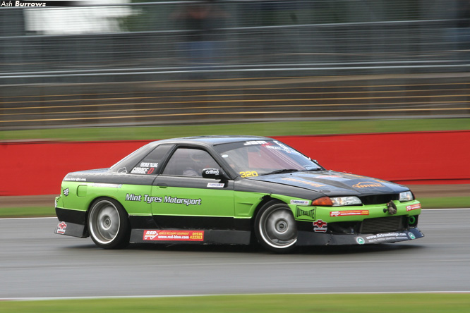 george tilling skyline mint tyres