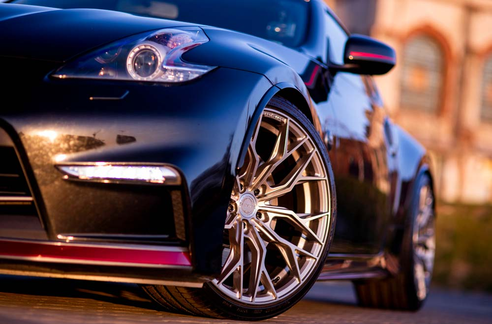Nissan 370Z Nismo - CVR1 Brushed Titanium Wheels