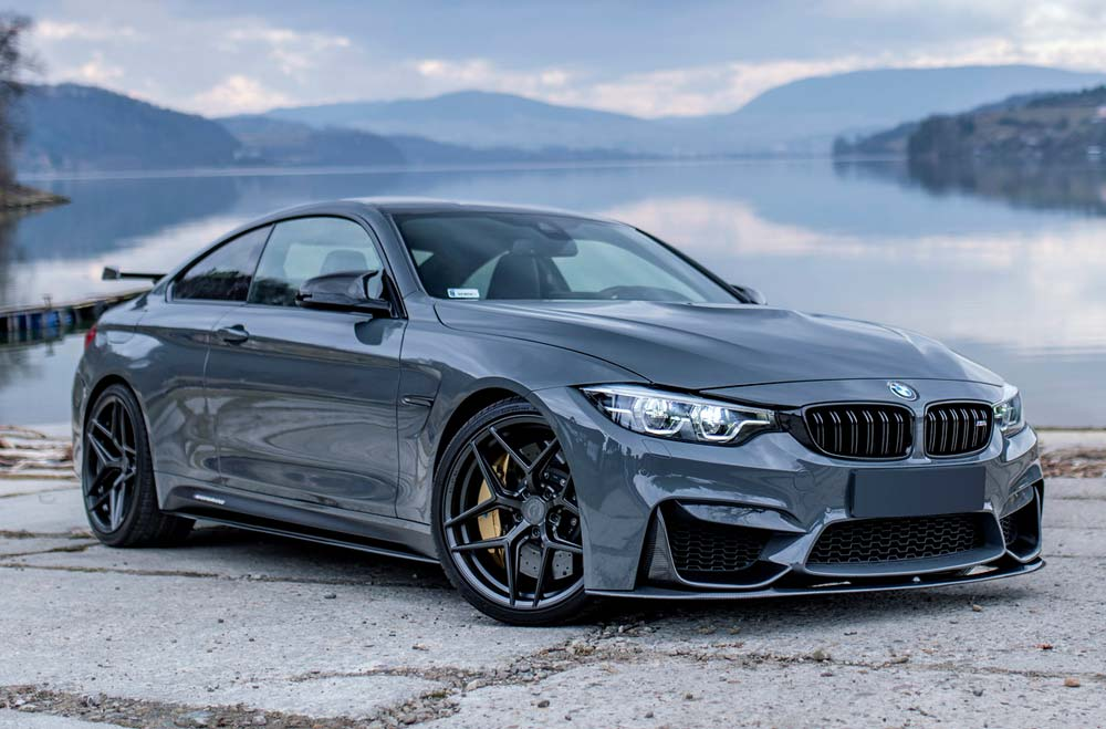 BMW M4 - CVR2 Platinum Black Wheels
