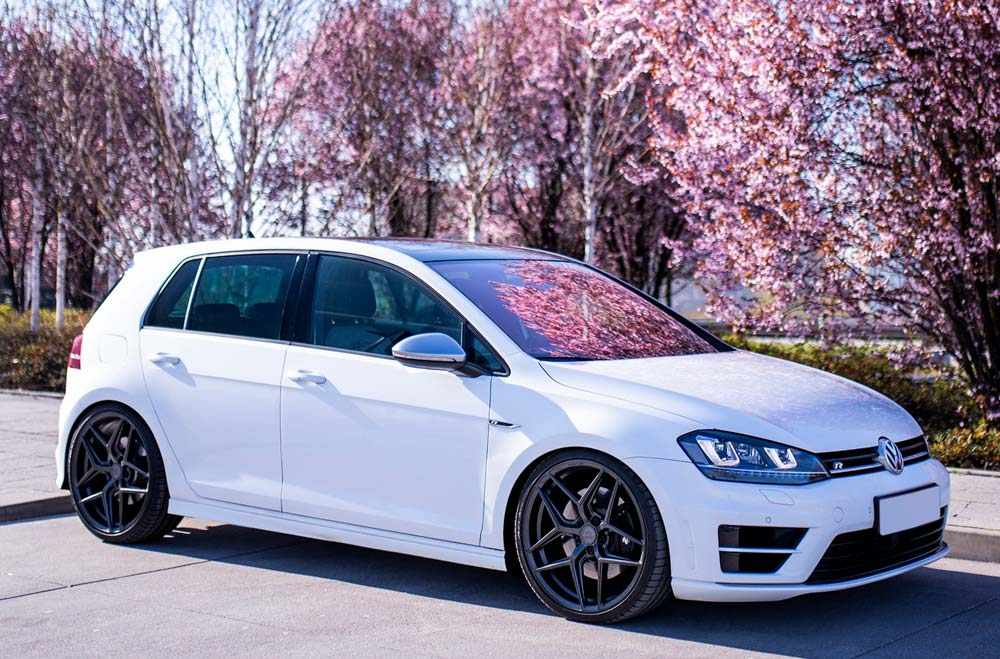 VW Golf Mk7 R - CVR2 Platinum Black Wheels
