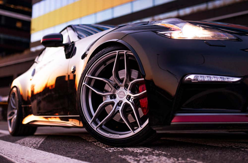 Nissan 370Z Nismo - CVR3 Brushed Titanium Wheels